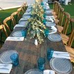 שולחנות לאירועים - שולחן עץ מלא